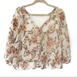 Poetry (S) Cream Floral Lace Crop Top